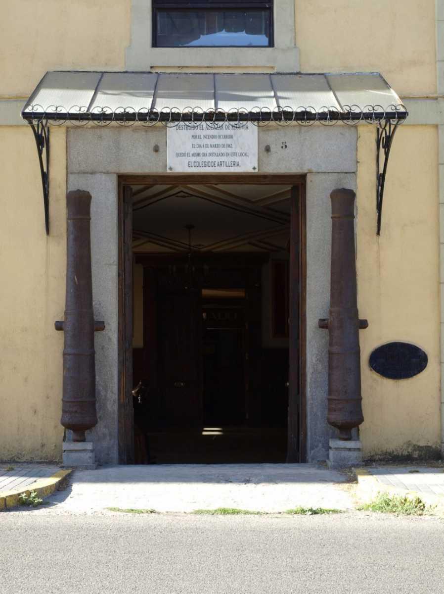 19.- Academia de Artilleria, Biblioteca. D. Angel Sanz Andres