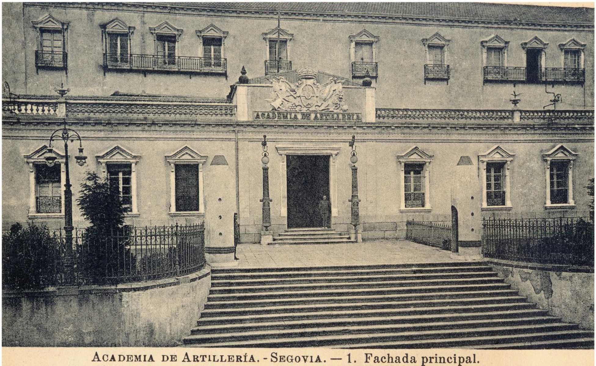 30.- Academia de Artilleria, Biblioteca. FOT. 39-23