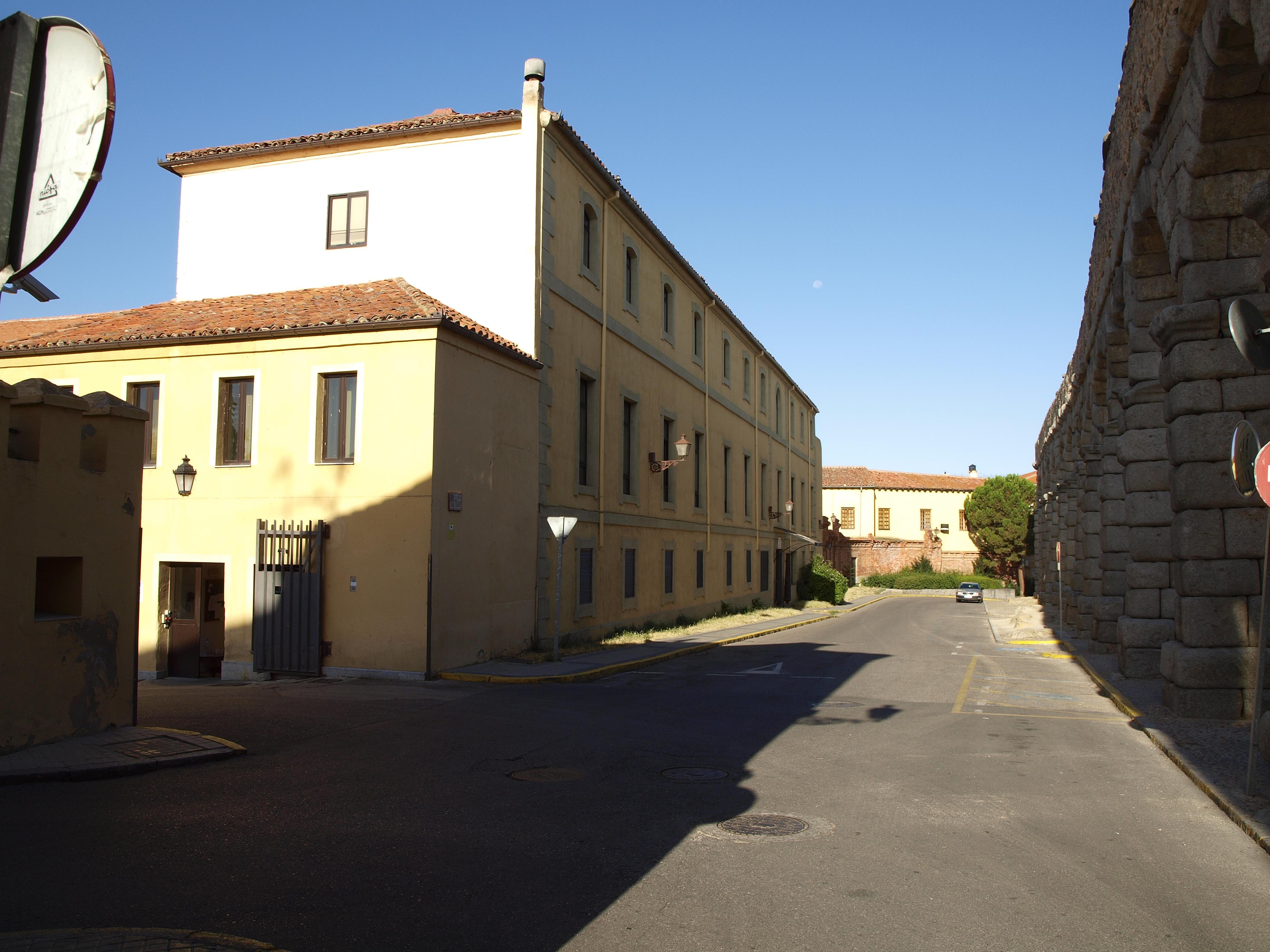 Fachada de Día Sanz, 2011.