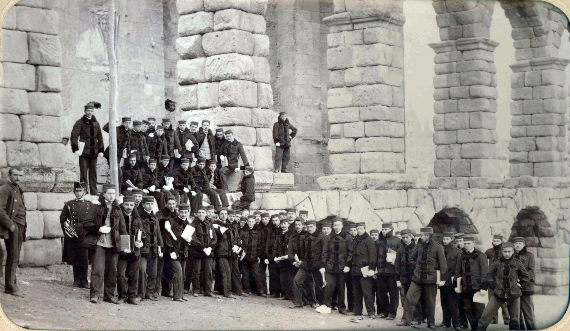 41.- Academia de Artilleria, Biblioteca. FOT. 39-8