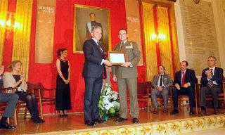 Premio 'Sello Real de Paños' para la Academia de Artillería
